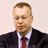 Nokia CEO Stephen Elop:  Nokia employees attend meetings wielding Android phones