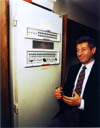 Len Kleinrock with the IMP1