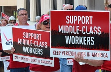 CWA Verizon rally